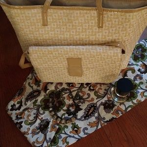 Jessica Simpson Tote & Shoulder Bag Basketweave